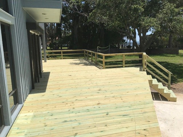 Image of a Completed New Deck Construction Project in St Petersburg